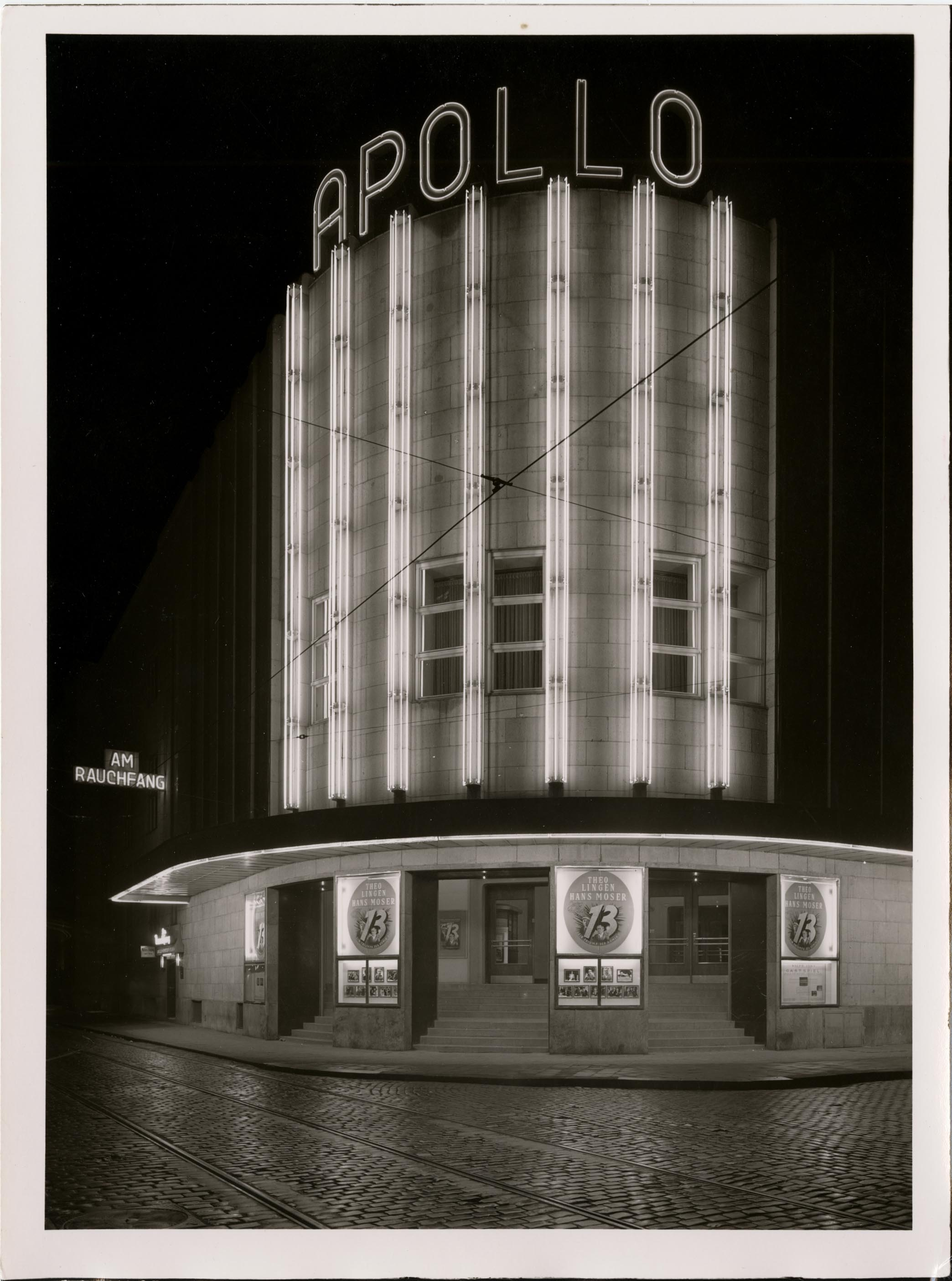 Foto: Karl Hugo Schmölz (1917-1986), Apollo Theater Gelsenkirchen, 1951 © Wim Cox, Cologne