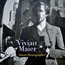 photoq-bookshop-vivian-maier-street-photographer-672x672